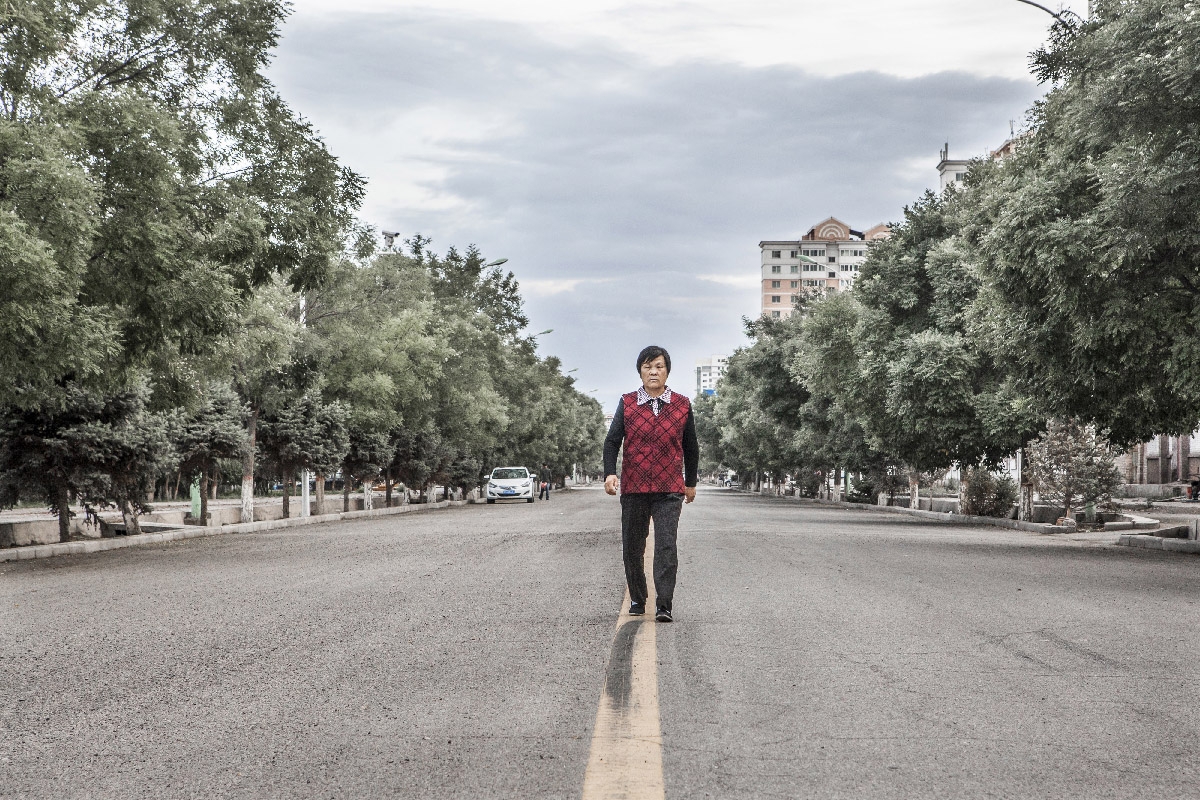 Jiayuguan, portrait of a small industrial city